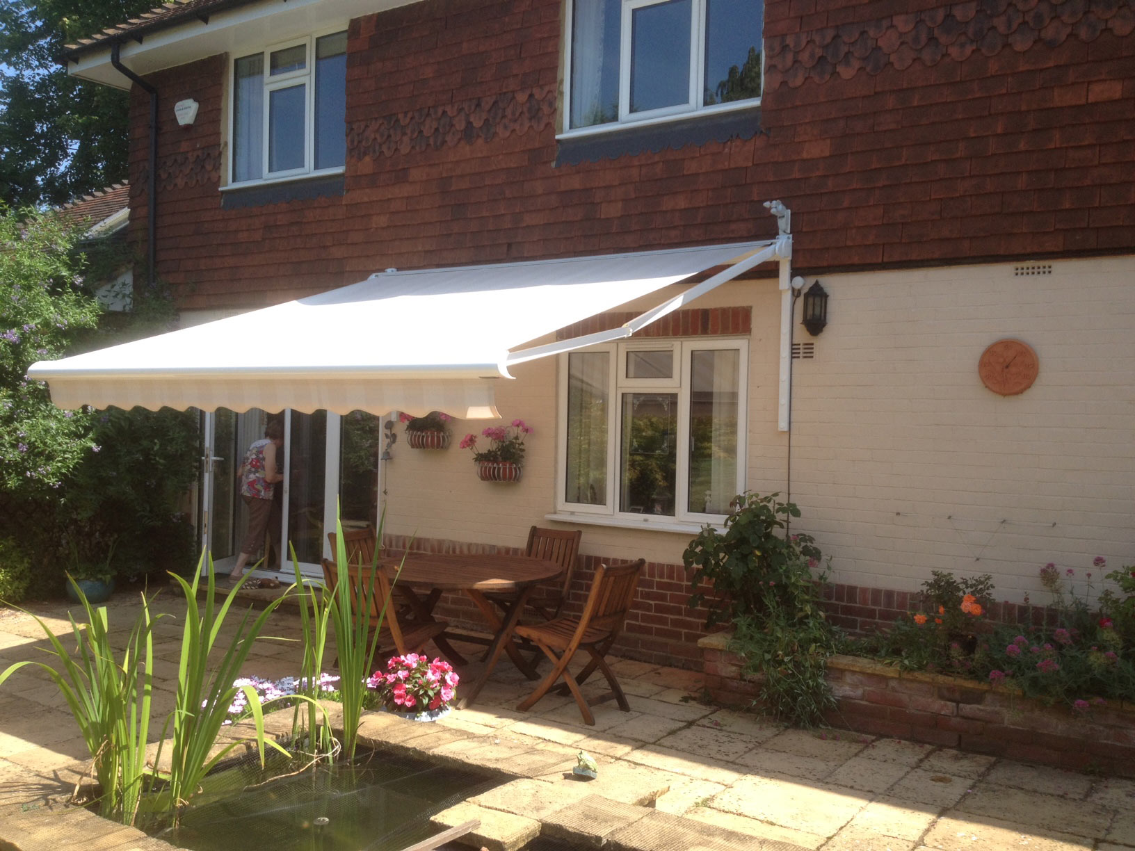 Awnings - Littlehampton Blinds
